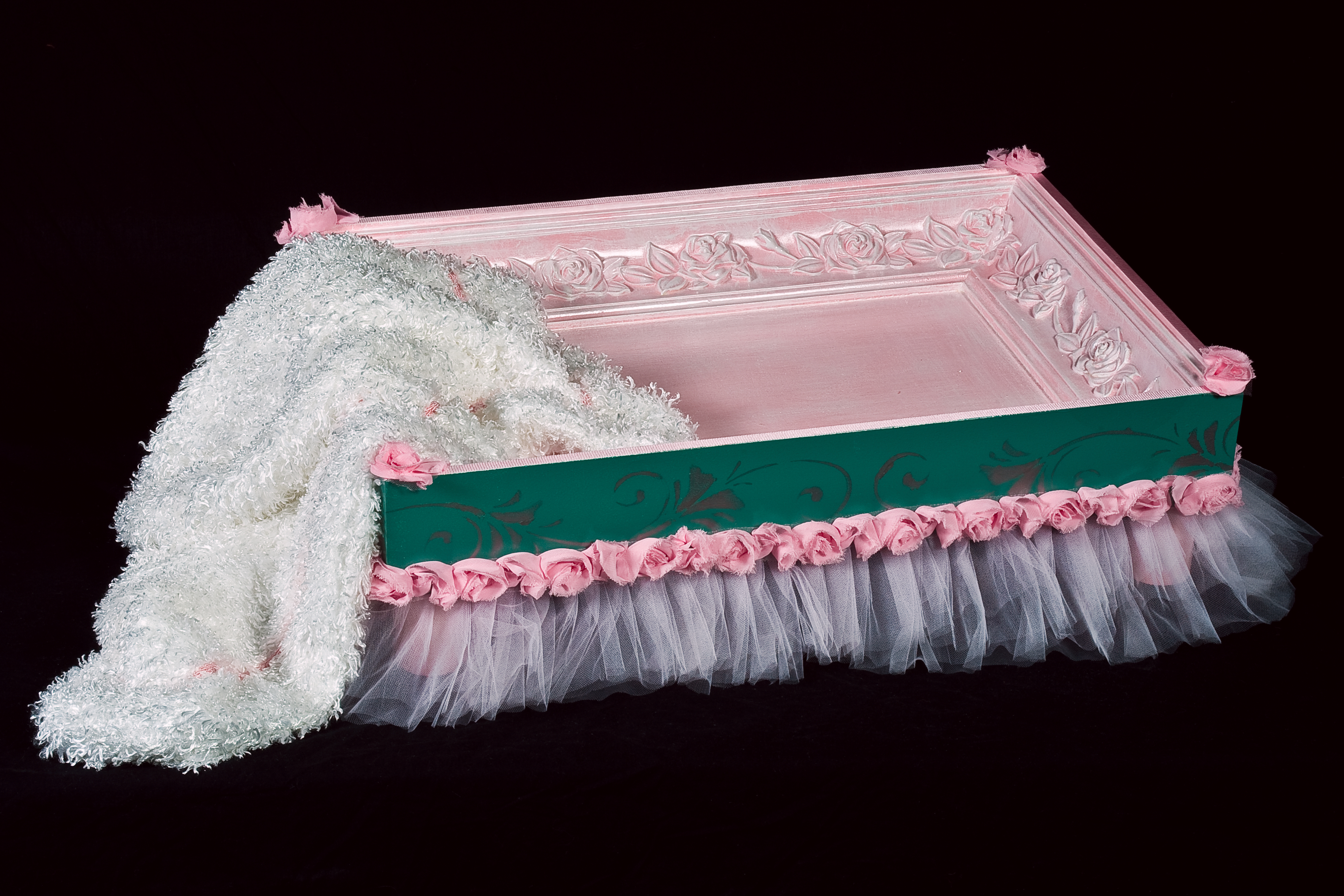 Ballerina bed and throw